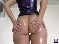 Remy La Croix: She was looking amazing in that skin tight latex dress.