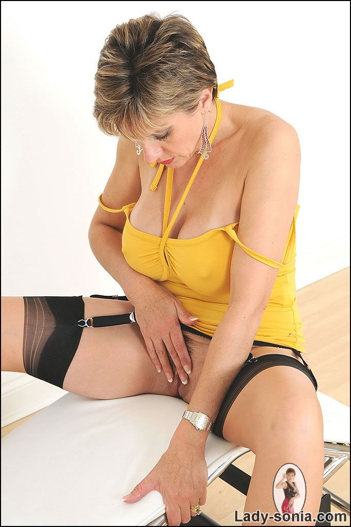 Free Milf Downloads With No Membership 79